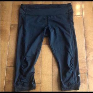 Lululemon Black Cropped  Leggings-Size 10
